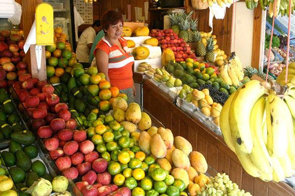 Exquisitas frutas y verduras peruanas